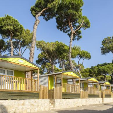Bungalows Garbi a Camping & Bungalows Interpals