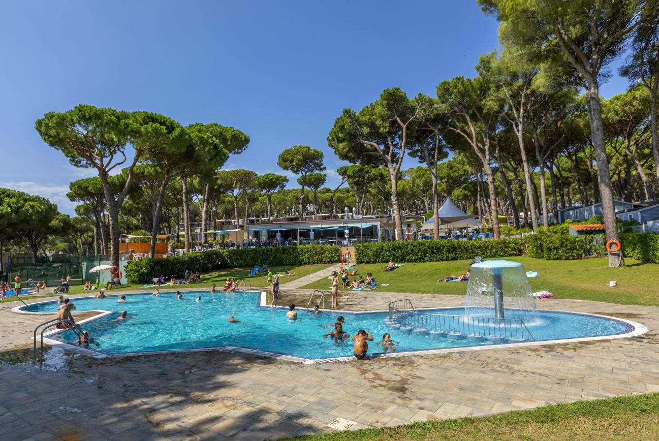 Piscina de Camping Interpals en Costa Brava