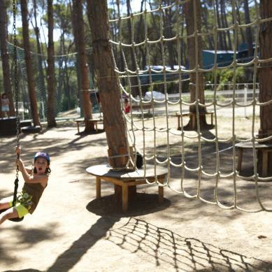 Parque infantil de aventura
