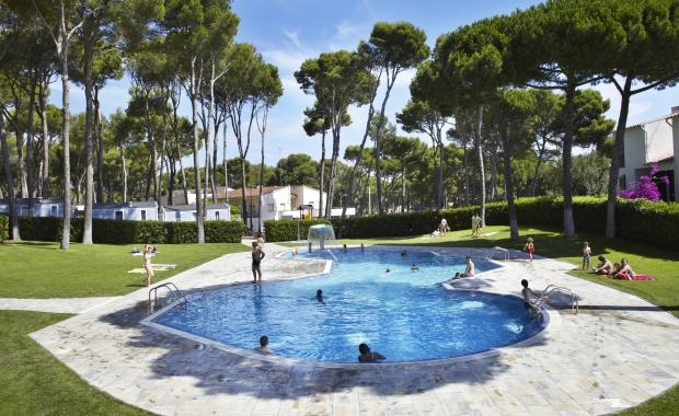 Espectacular piscina del Camping Bungalows Interpals, Costa Brava