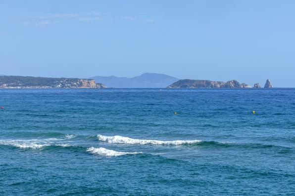 Uitzicht vanaf het strand van Pals