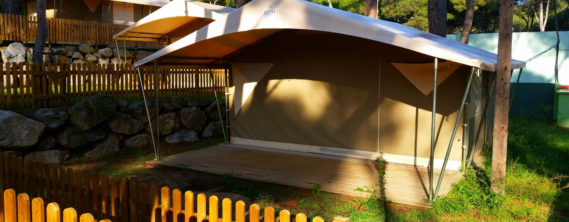Luxury tent Canada - Camping & Bungalows Interpals