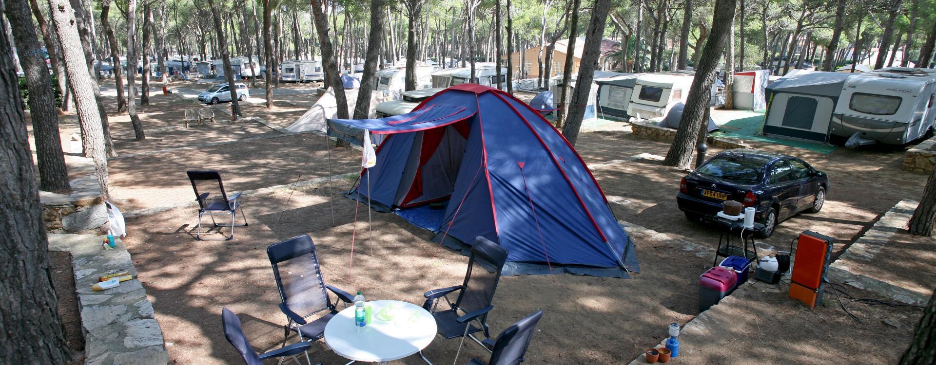 Standplaatsen van Camping Interpals in Pals