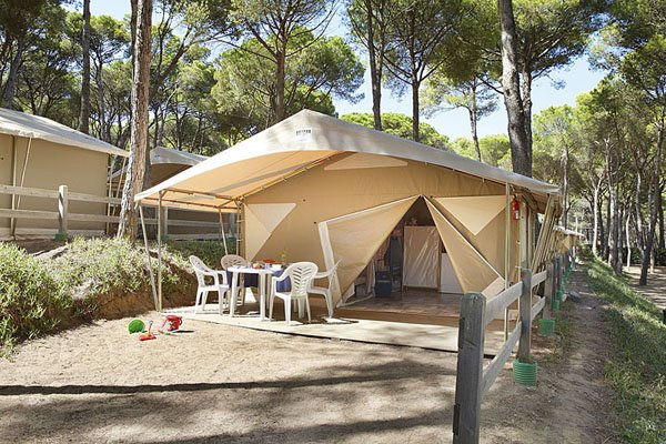 Camping tent Canada